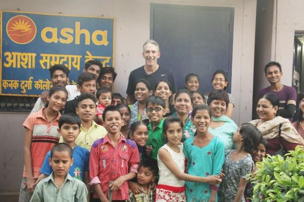 Former Australian Cricketer Damien Fleming visits Asha