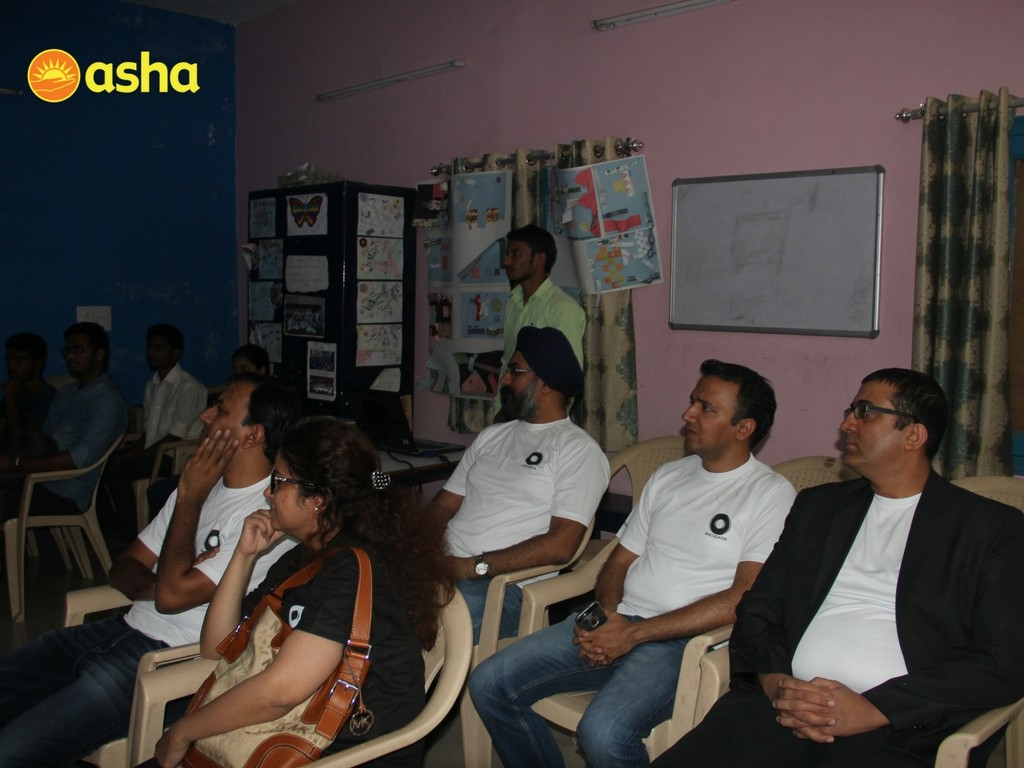 Induction of new mentors from Macquarie at Asha's Ekta Vihar slum colony.