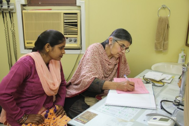 Dr Asha Sharma from the UK Spends Four Weeks with Asha