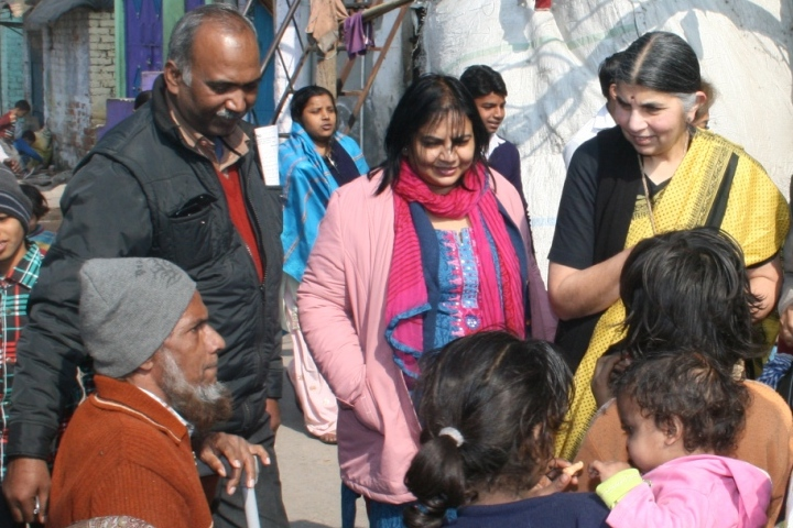 Dr Sharma interacts with the community in Seelampur slum colony