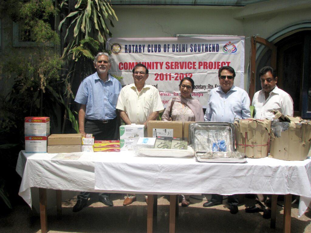 Rotary Club Donates Medical Equipment 9-6-2012 (3)