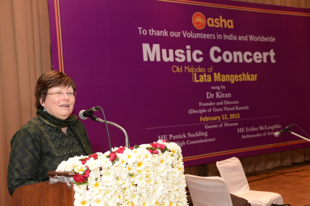 Ms Ruth McKibben addressing the audience at a Music Concert organised by Asha to thank its volunteers