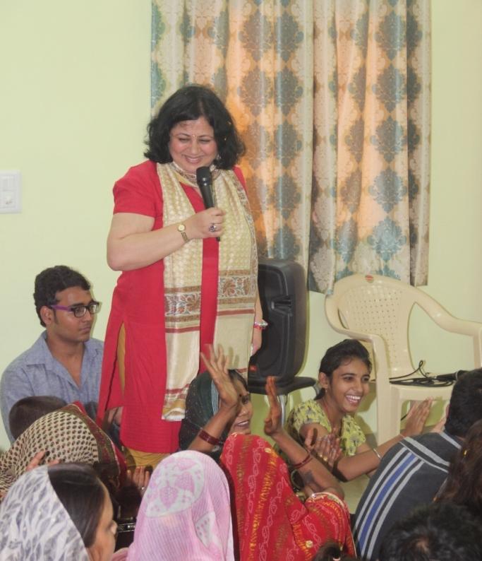Dr Kiran interacting with the Mahila Mandal
