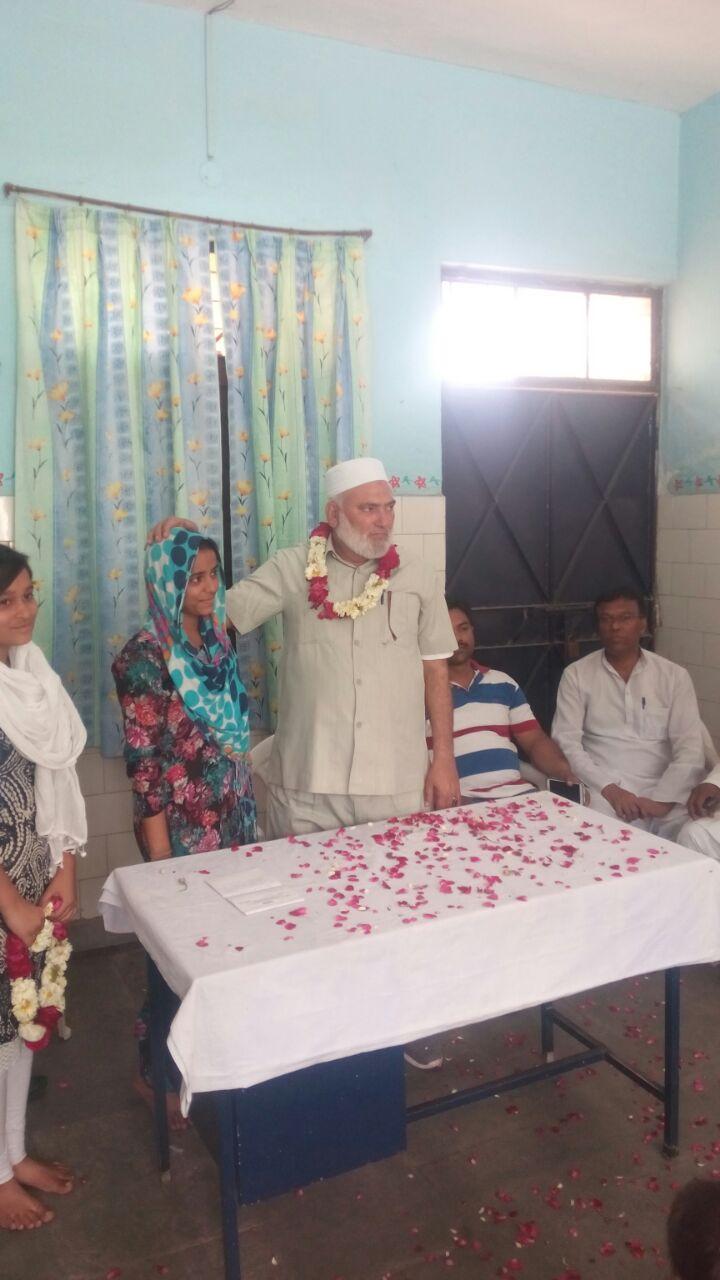 Seelampur MLA Mohd Ishraq Khan during his visit to the Asha centre