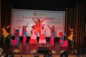 Boys and girls from Peeragarhi slum colony gave an energetic Bhangra performance
