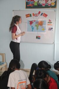 One of the student using innovative practices to teach children