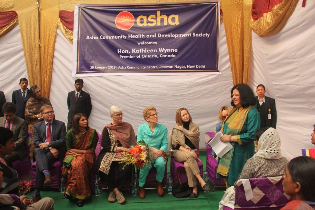 Dr Kiran sharing Asha's journey of transformation