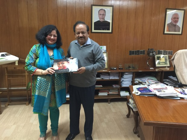 Dr Kiran welcomed at the office of the Indian Minister for Science and Technology