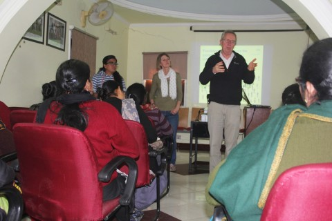 Long-time supporters, Dr David and Mrs Helen Finch visit Asha