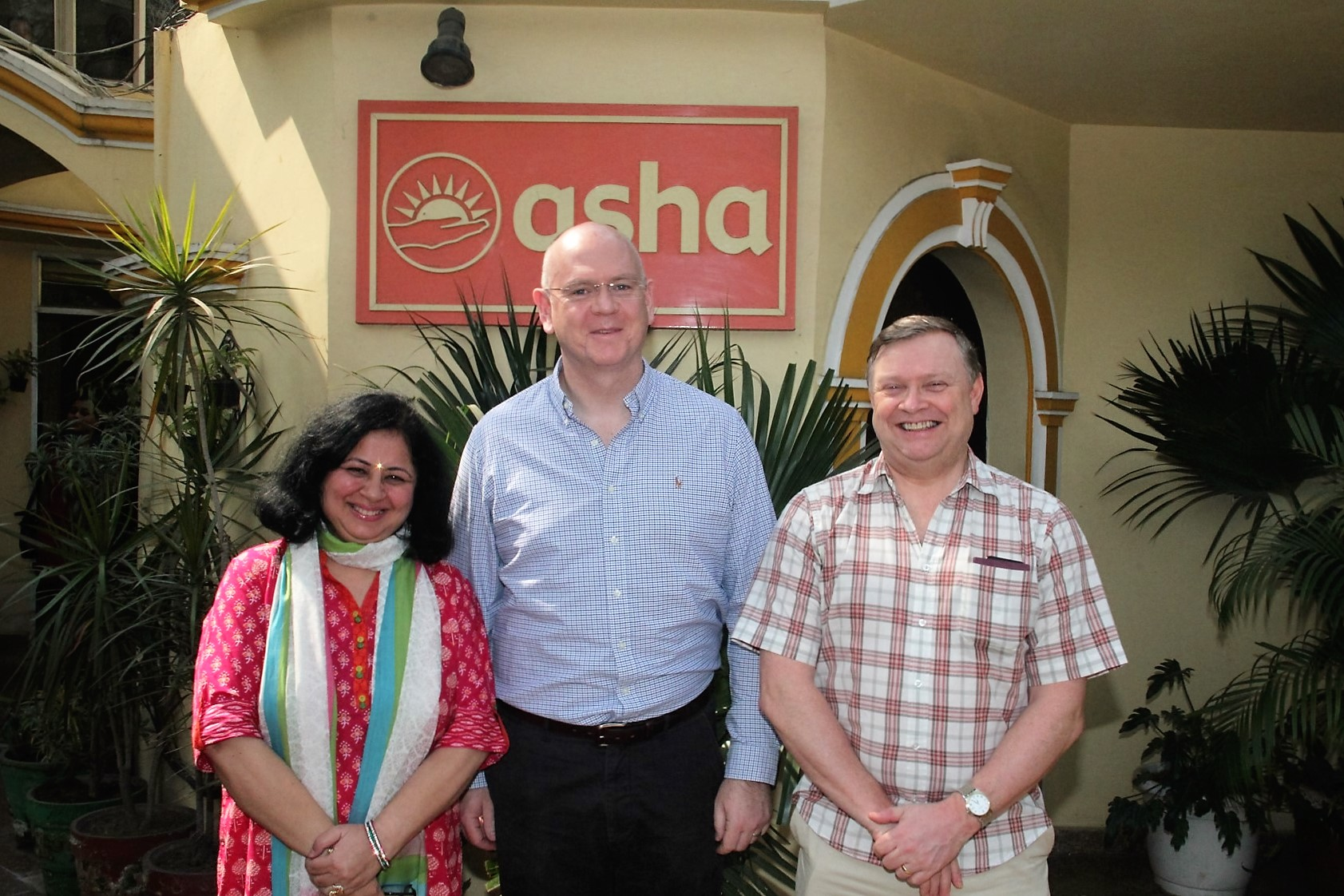 Dr Kiran with Colin Hayburn and Stephen Campbell