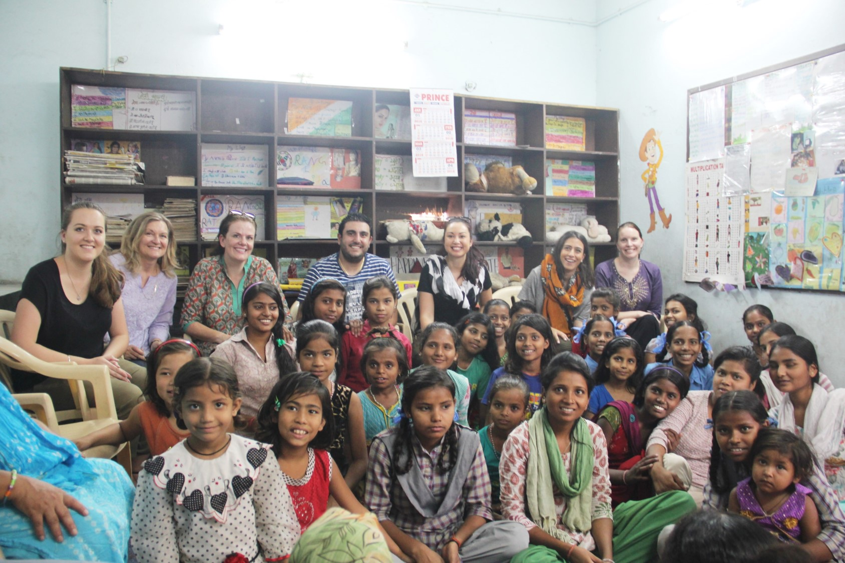 The team from Australian High Commission with the children at Mayapuri