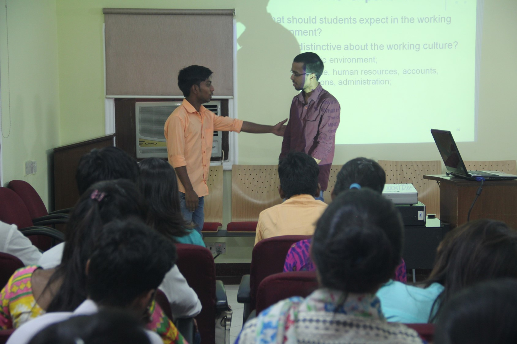 Ajay and Deepak sharing their experiences through role plays and group discussions