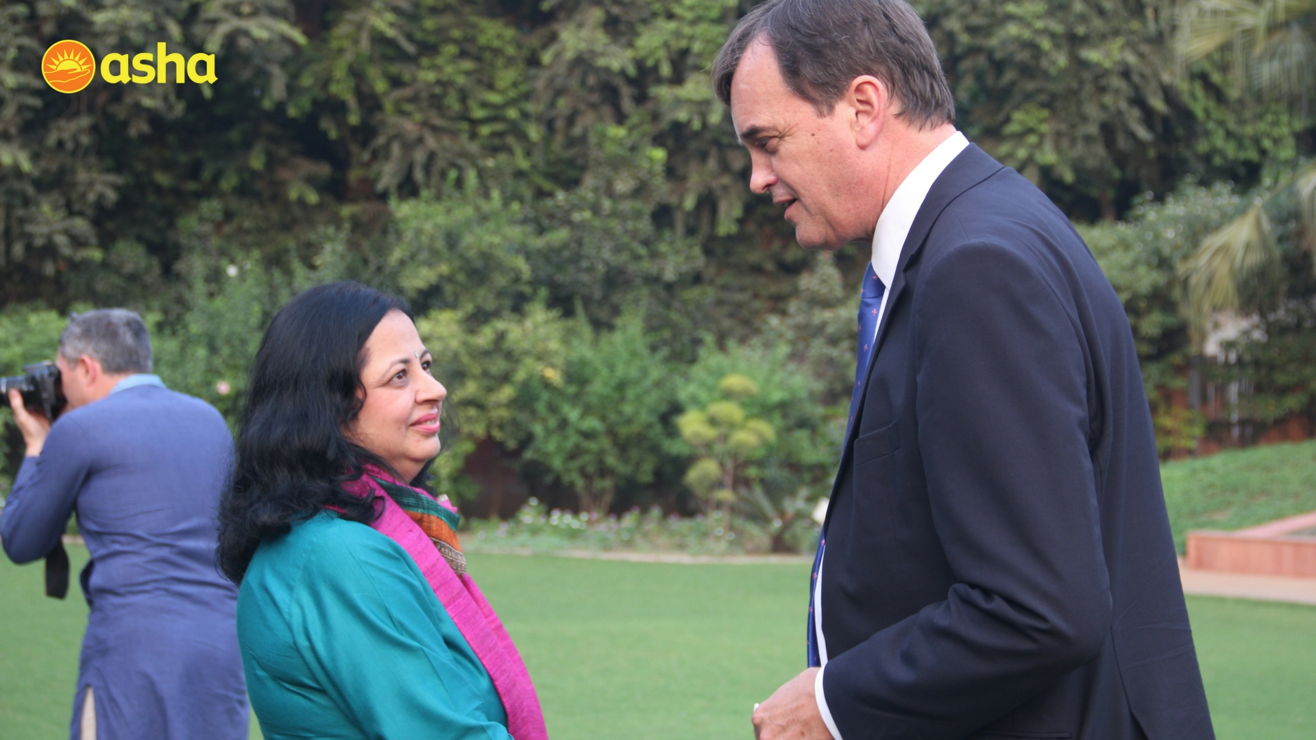 The Honourable High Commissioner seen here with Dr. Kiran enquiring about the recent developments taking place at Asha.