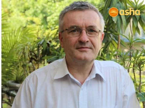 Introducing New Friends of Asha GB Coordinator, Dr Richard Hogben