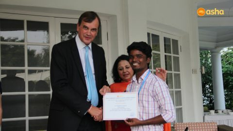 British High Commissioner honors the Asha toppers