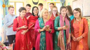Team Dunclug singing a beautiful song for Asha