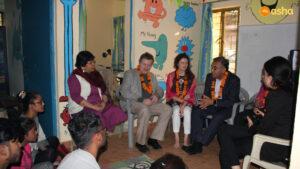 Dr Ashish Jha speaking with the Asha students at Kusumpur Pahari slum