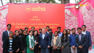Asha Ambassadors for a Photo opportunity with Prime Minister Rasmussen