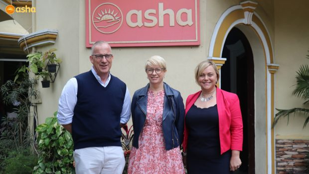 The Vice-Chancellor of The University of Sydney meets Asha beneficiaries
