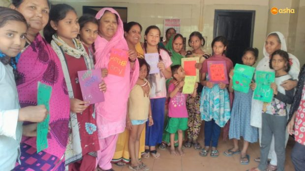 Celebration of Mother's Day at Asha slums