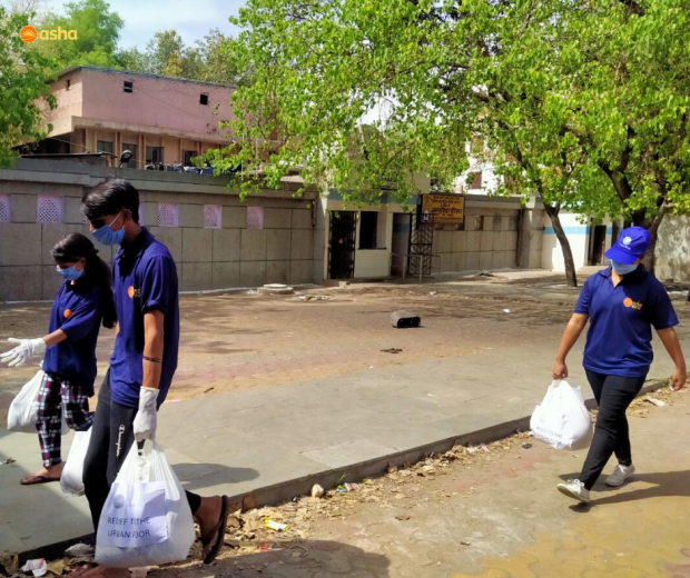 Asha COVID-19 Emergency Response: Groceries distributed to families in slum communities