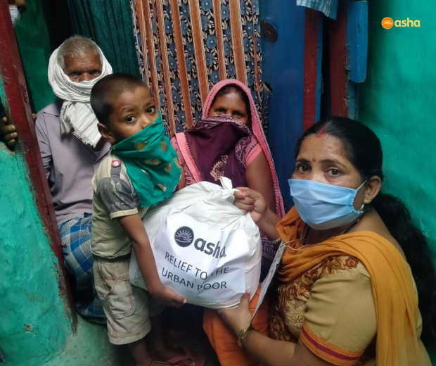 Asha COVID-19 Emergency Response: Malnutrition Food Kit provided to poorly nourished children in the slums