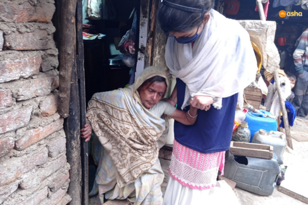 Asha warriors take personal care of the Elderly in the slums